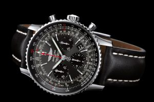 With the perfect combination of steel case and black dial, this fake Breitling watch shows a lot of surprise.