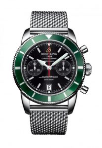For the perfect combination of red and green, this replica Breitling more with a vintage feeling.