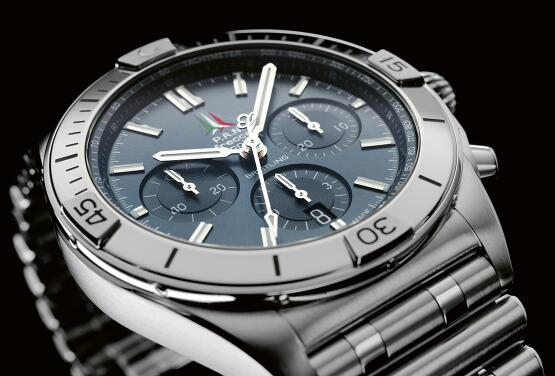 The Breitling Chronomatic are best choices for strong men.