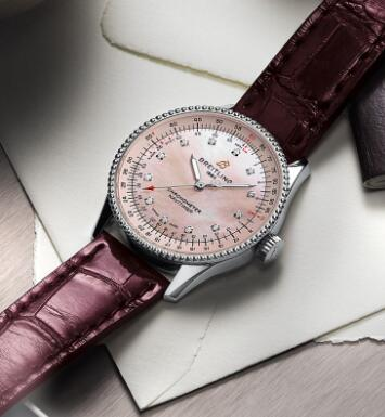 The Navitimer in 35 mm is especially designed for women.