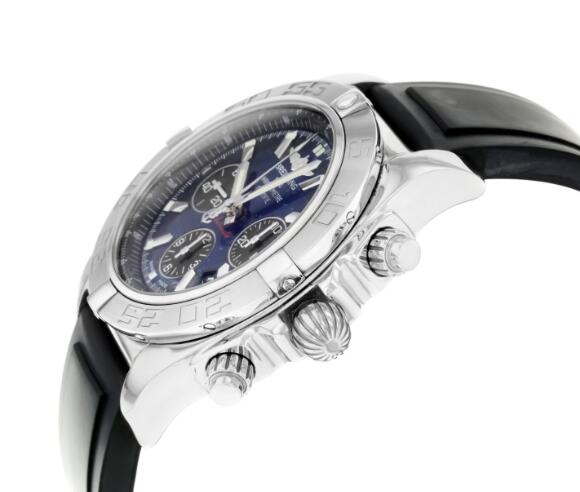 Breitling copy watches are good choices for men.